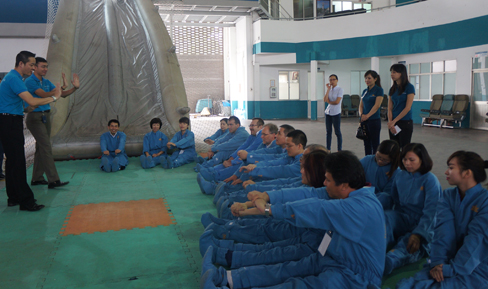 vietnam airlines, pilot training center, flight attendants