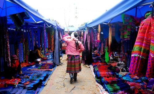 Pristine upland fair in Bac Ha