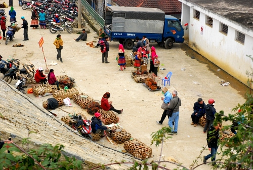 Pristine upland fair in Bac Ha, colorful bac ha market, bac ha maket information