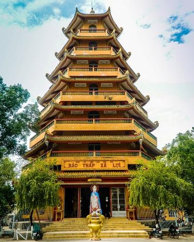 Make a pilgrimage to Saigon through famous temples - News VietNamNet