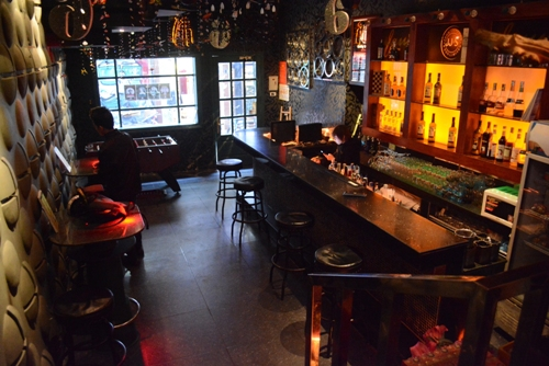 Five Bars For Expats In Hanoi S Old Quarter News Vietnamnet