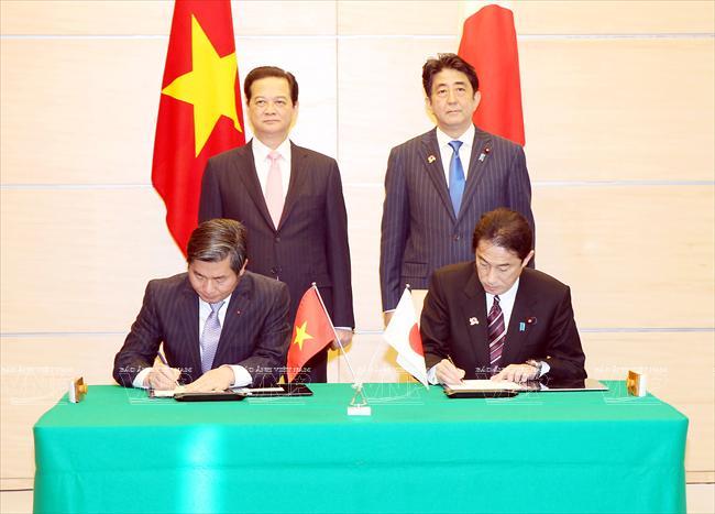 essay relating to vietnam and okazaki relations