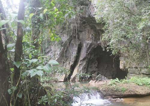 Quang Binh, Viet Nam national park, Phong Nha-Ke Bang National Park, cave explorers