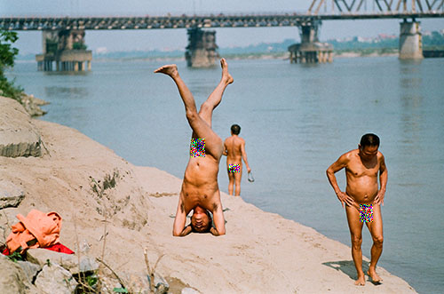 nude bath, Red river, beach for nude bath, hanoi