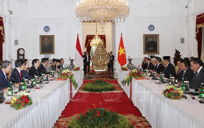 foreign relations, diplomacy, 2013, landmarks