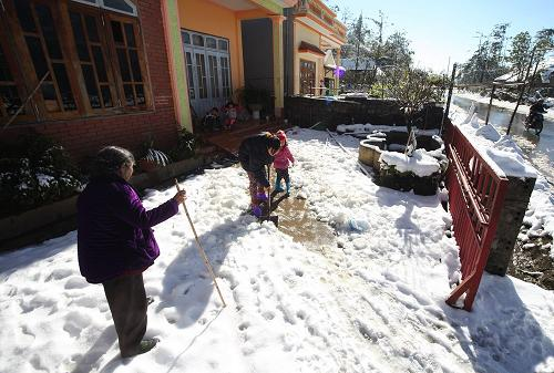 Heaven And Hell When Snow Falls In Sa Pa News Vietnamnet