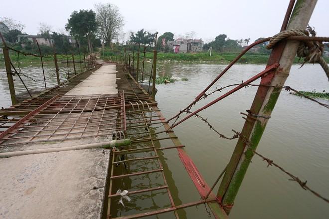 suspension bridges, dangerous bridges, hanoi
