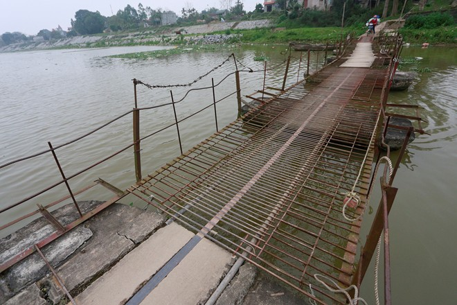 suspension bridges, dangerous bridges, hanoi