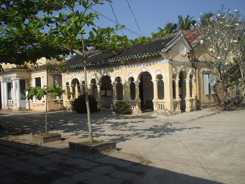 ancient villages, duong lam, tuy loan, long tuyen