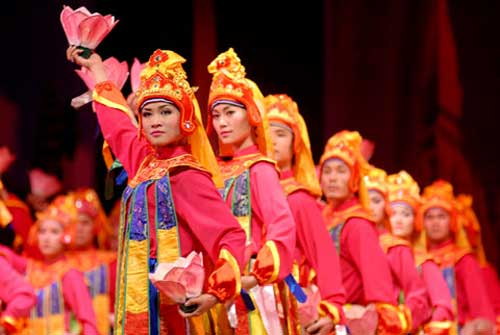 Dancers move to keep tradition alive