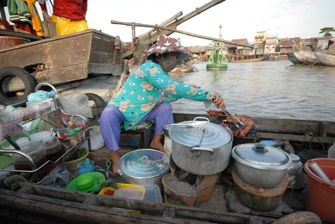 cai rang floating market, fantastic food market