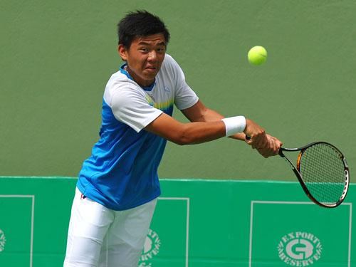 Ly Hoang Nam.