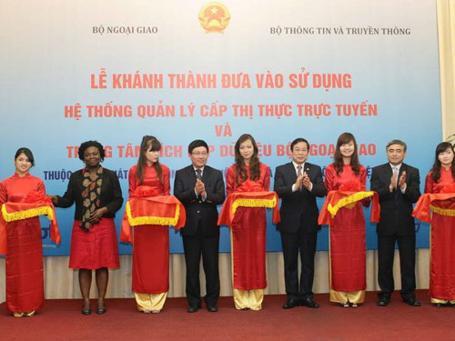 Vietnam launches visa online system