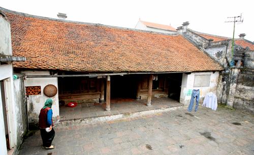 cu da village, ancient village