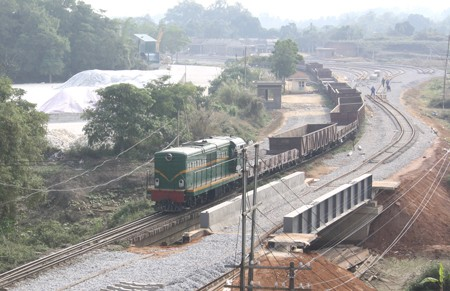 Another 10 officials must explain about railway projects
