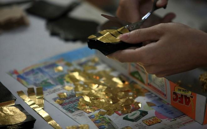 kieu ky, gilded, gold inlaid
