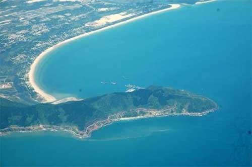 Da Nang coast, Hai Van Pass, Son Tra peninsula, coral reefs