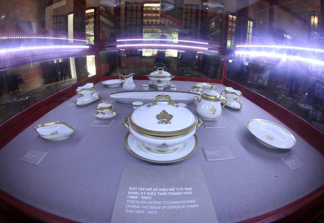 Hue Festival 2014, royal treasures, exhibition