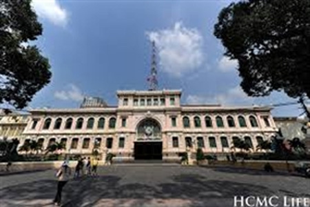 HCM City, Saigon Central Post Office, famous French architects, design