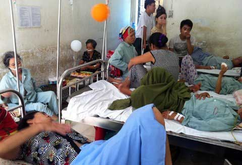 Poor patients hit hard by Hanoi's equitisation move