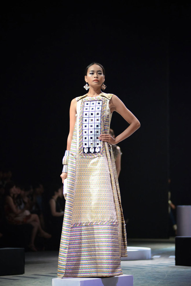 Impressive haute couture collections by vietnamese for Haute couture houses list