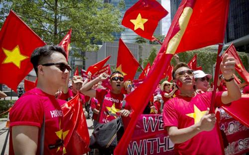 demonstration, international friends, overseas vietnames, anti-china