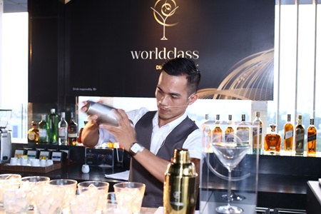Vietnamese bartender takes part in world bartender competition
