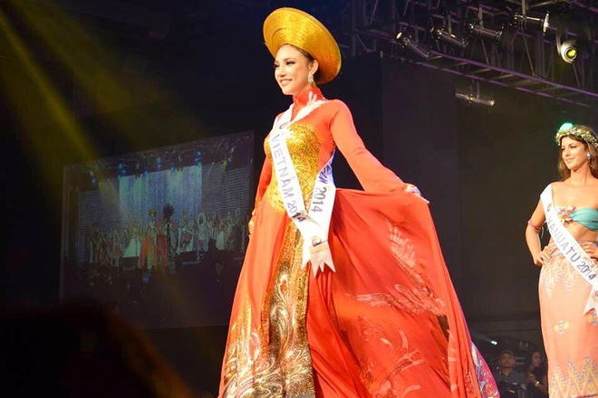 """Vietnamese contestant wins """"The Best Artist"""" at Miss Asia Pacific World"""