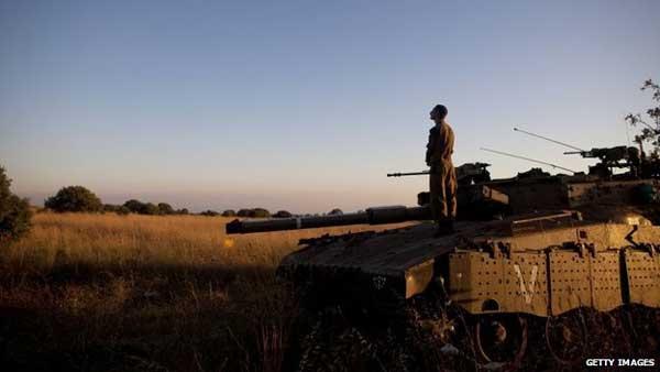 Israeli air strikes target Syria after Golan death