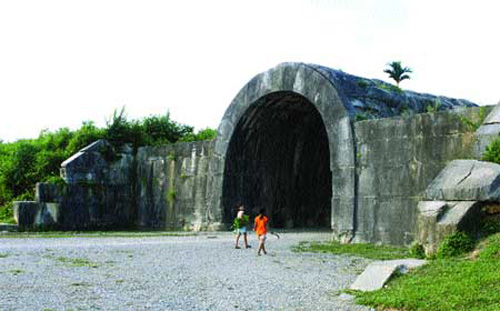 Ho Citadel, Thanh Hoa, build houses