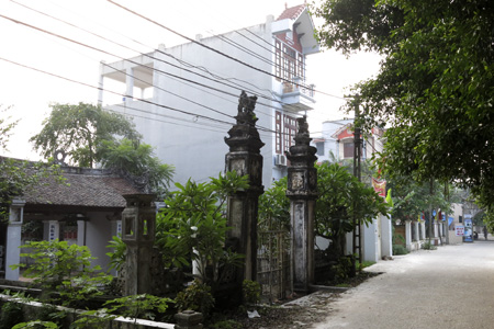 ancient villages, ancient gates, hanoi's old villages