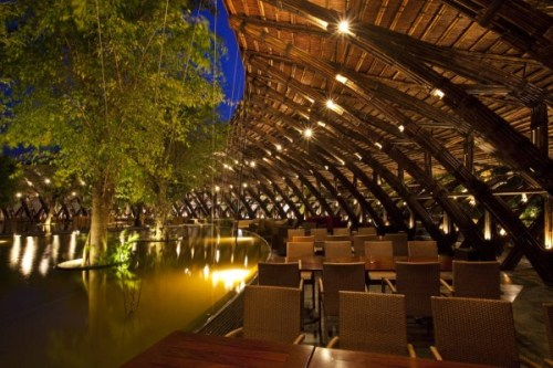 bamboo houses, Bamboo Wing Restaurant, Wind and Water Bar