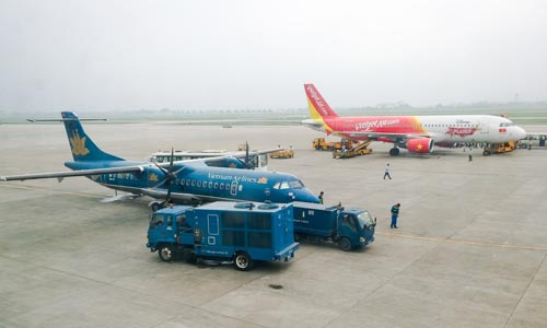 One of four flights in Vietnam either delayed or cancelled