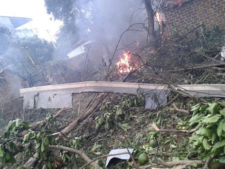 plane crash, hoa lac, helicopter crash