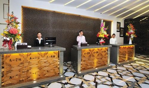 Hotel business, hotel industry, investors