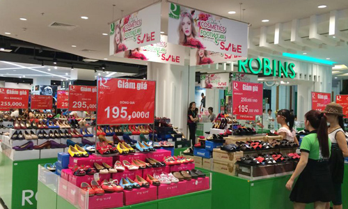 Foreign retailers, HCM City, Robin