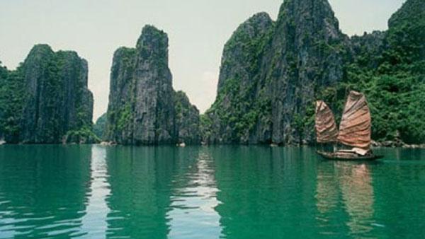 Vietnam through international visitors' eyes