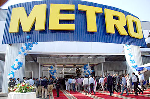 Metro Vietnam sold for $879 million to Thai business giant