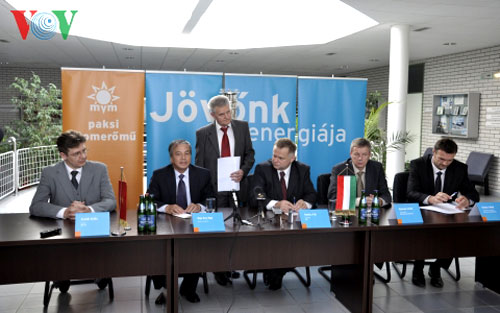 Hungary, Vietnam, nuclear energy training, develop human resources