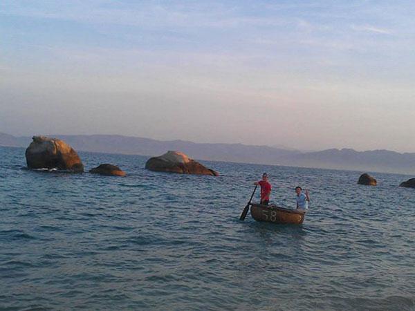 Phan Thiet City, Binh Thuan, Cau Islet, Nghinh Ong Festival
