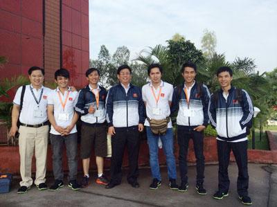 Vietnam wins Asia-Pacific Robot Contest 2014