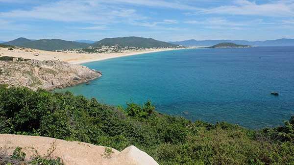 Van Phong Bay, Nha Trang City, Nha Trang City, Dam Mon Town