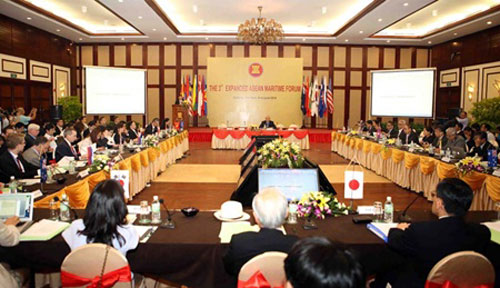 VN seeks int'l backing at maritime gathering