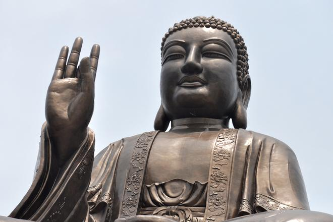 Southeast Asia's largest bronze Buddha statue unveiled