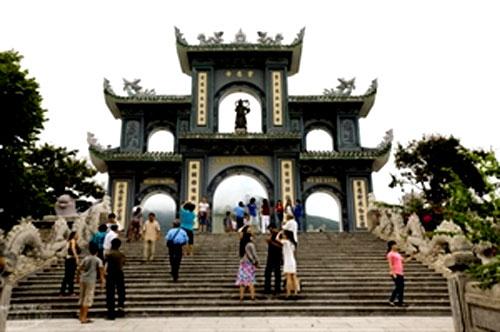 Da Nang, Linh Ung Pagoda, attractive tourist, Son Tra peninsula