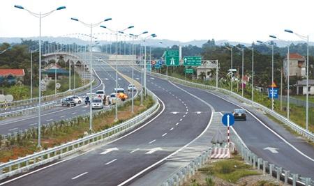 Image: Vietnam's longest expressway opens