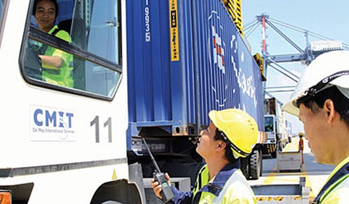 Businesses take on logistics work to avoid new fees at ports