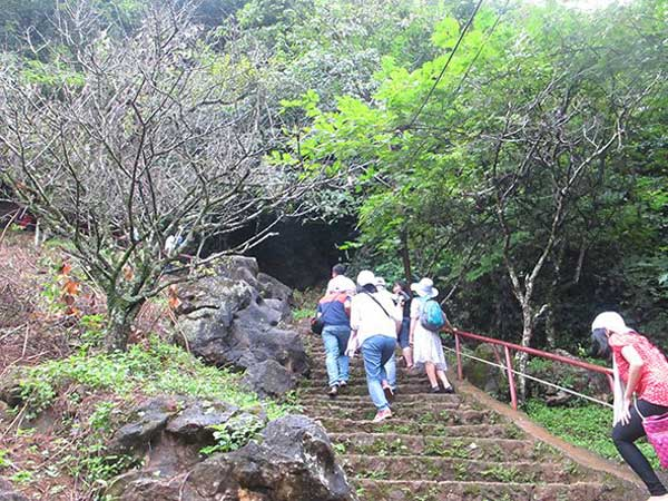 Son La, Moc Chau, Son Moc Huong Cave