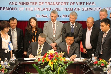 Vietnam agrees air services, military support with Finland