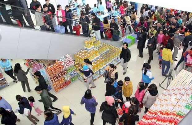 Vietnam, retailers, young population